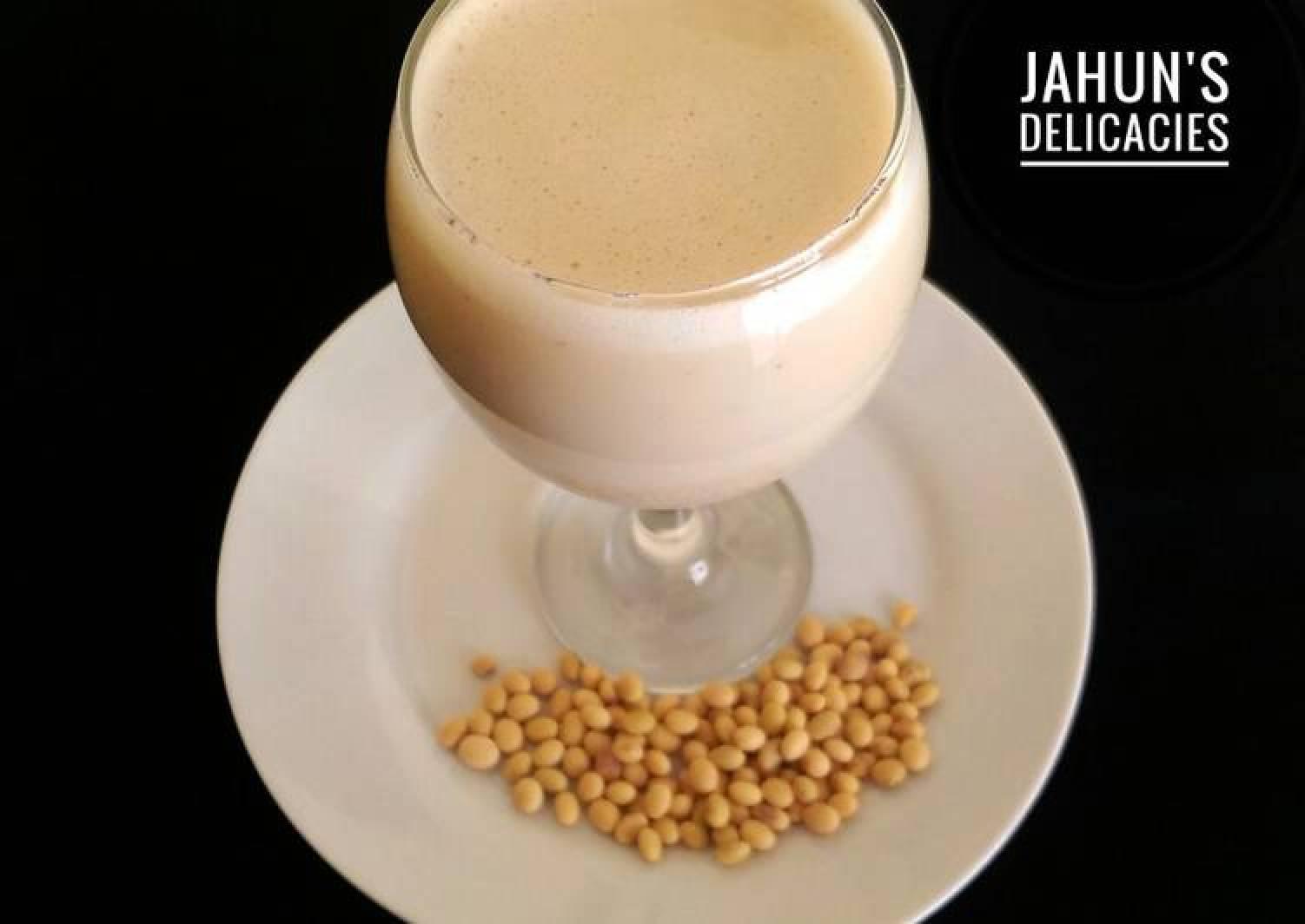 Madar waken soya(Soya bean milk)