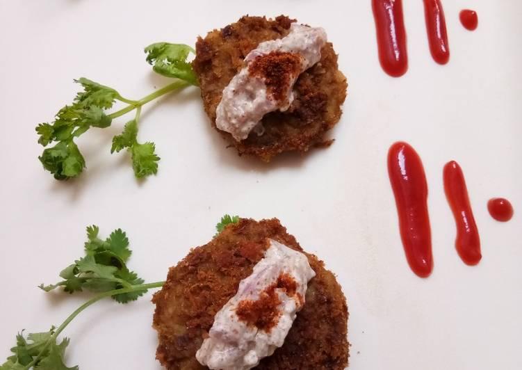 Rajma Galauti Kebab with Spicy Onion Raita