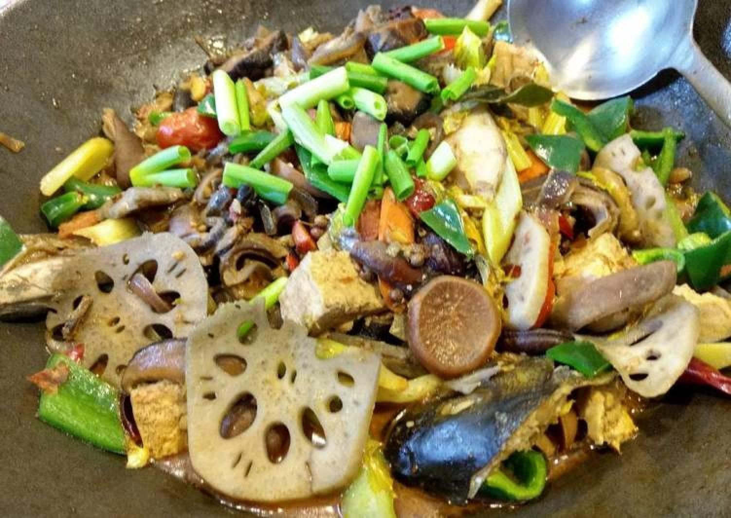Braised Szechuan chilli Bass