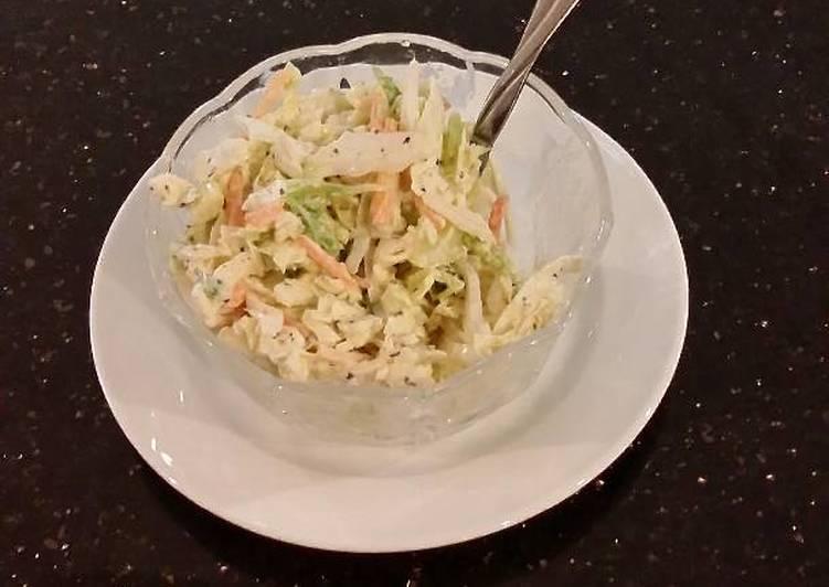 Simple Creamy Coleslaw