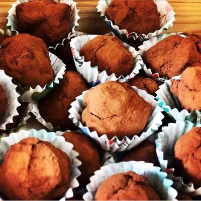 Trufas de chocolate sin lactosa y sin azúcar
