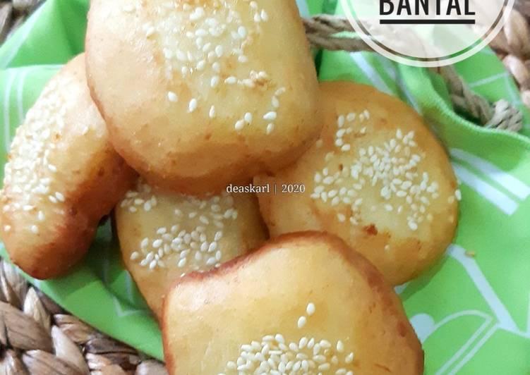 Kue Bantal