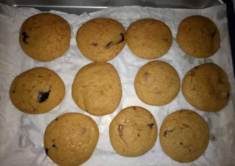 Cookies coklat krispi diluar empuk didalam