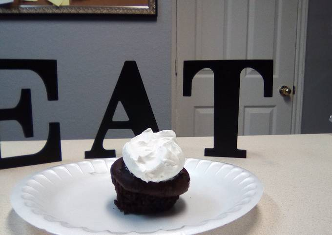 Egg-free and oil-free cupcakes