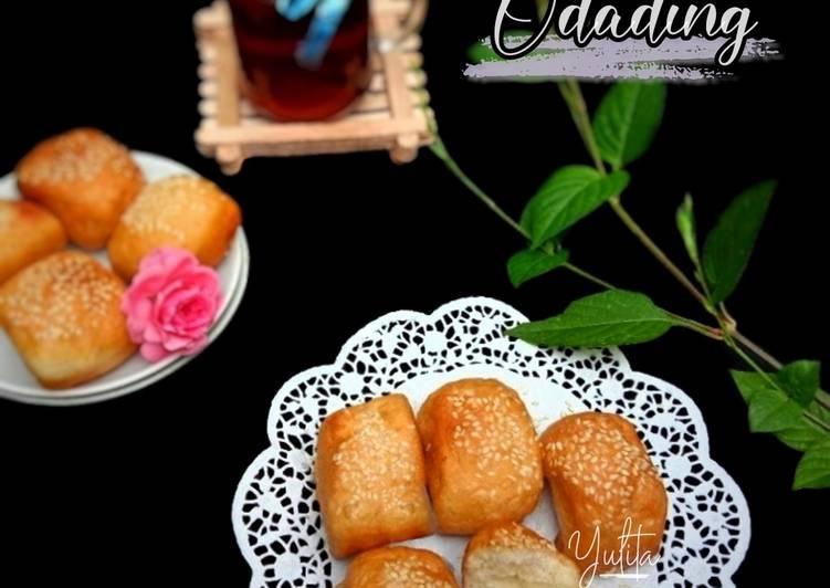 Odading (Roti Bantal/Roti Manis)