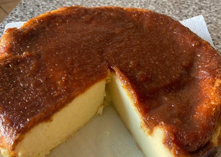 Easiest Way to Prepare Any-night-of-the-week Baked Manchego cheesecake with a membrillo topping