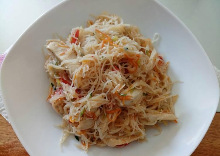 Sweet chilli noodle stir fry