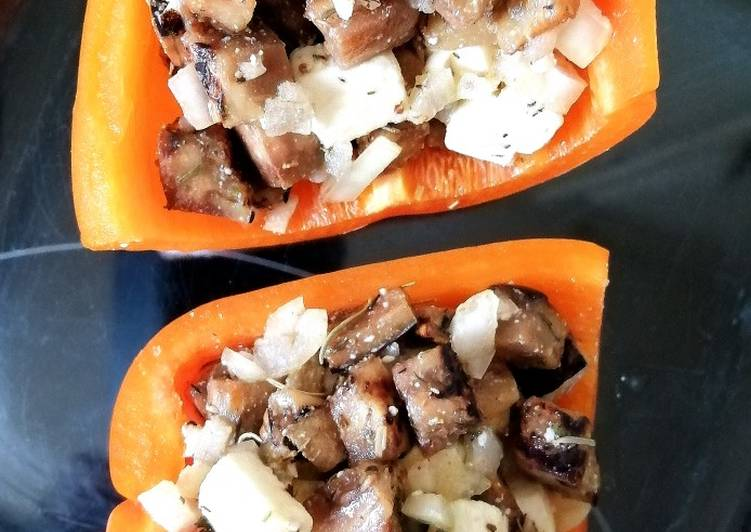 Poivrons farcis, aubergine, feta