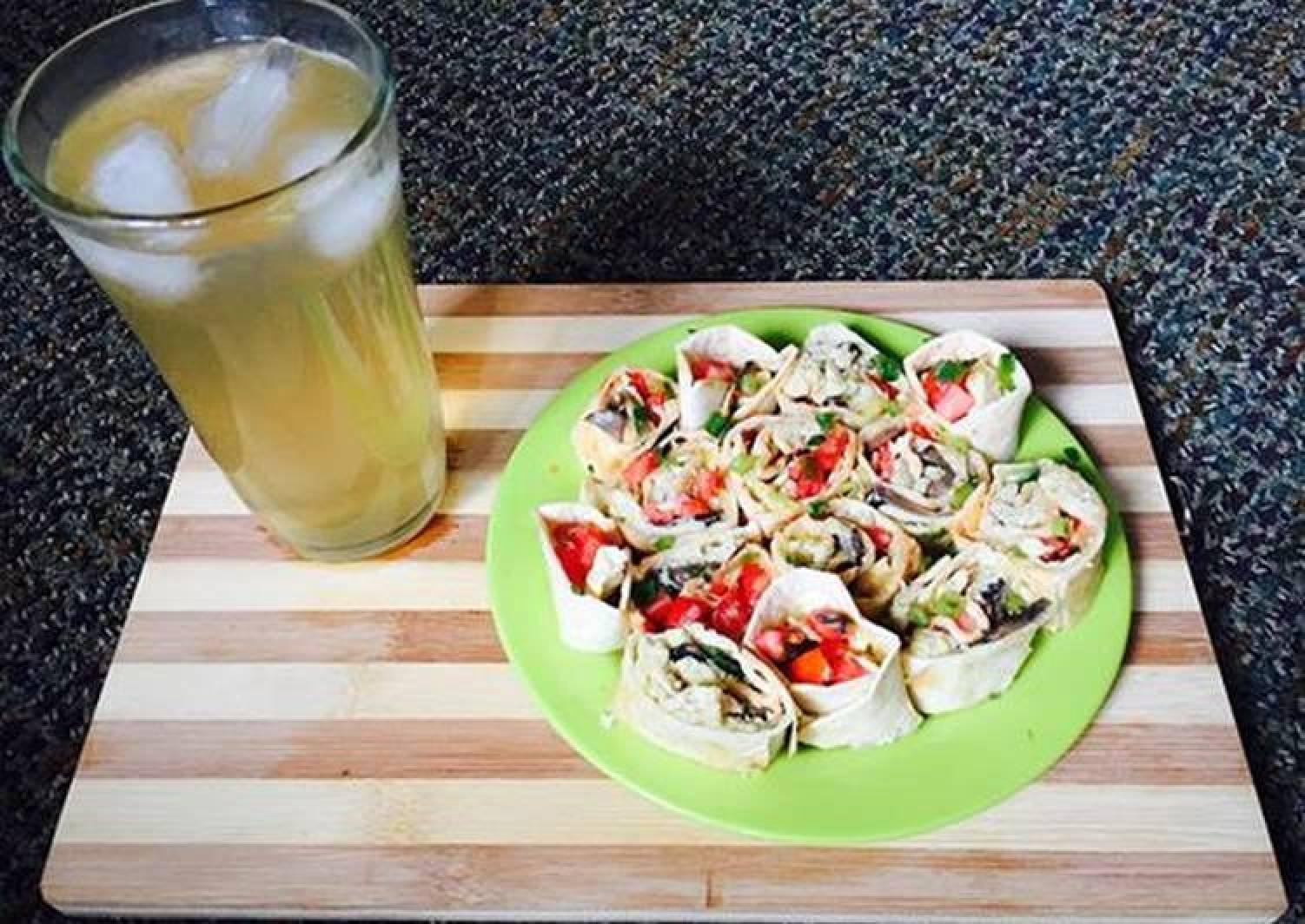 Breakfast Burrito Pinwheels
