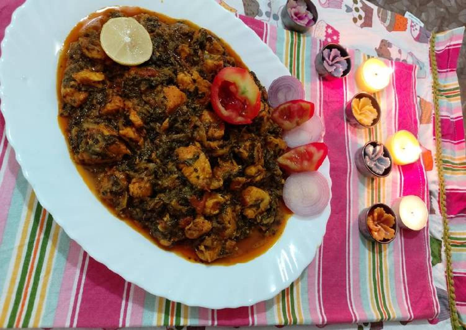 Chicken with fenugreek leaves and spenich