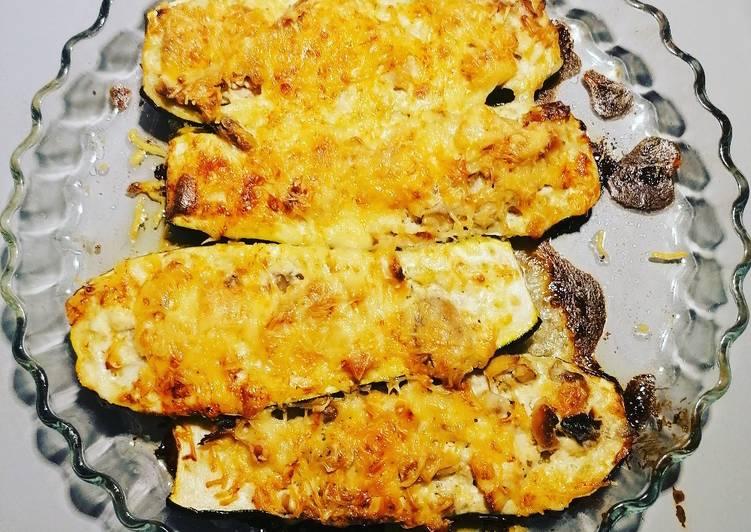 Courgette farcies au poulet champignons