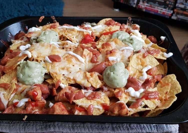 Recipe of Homemade Nacho's with Chicken & Chorizo 🍗