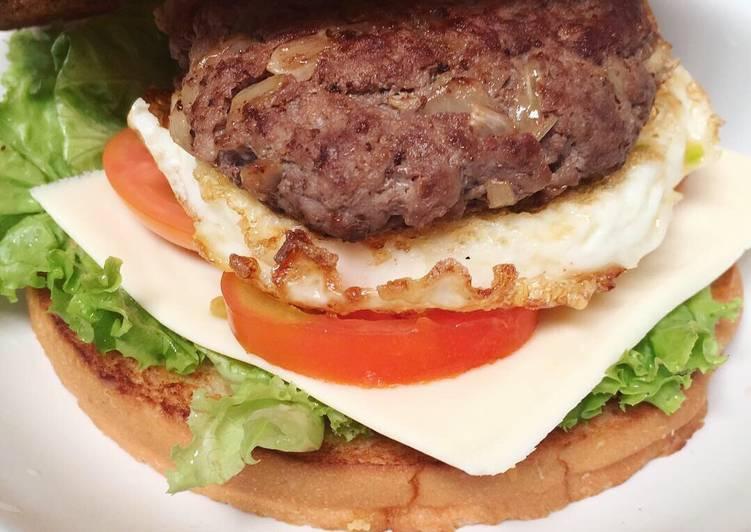 8 Resep Aneka Patty Burger ala Rumahan yang Enak dan Gampang