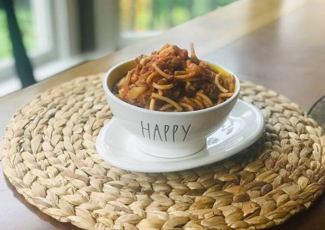 Vegan hearty Italian spaghetti