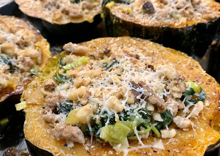 Acorn Squash with Kale and Turkey Sausage