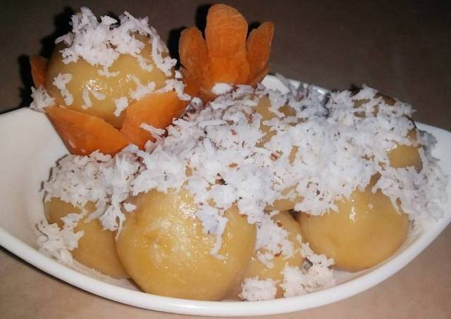 Kue Klepon Wortel Isi Gula Jawa (Tradisional food)