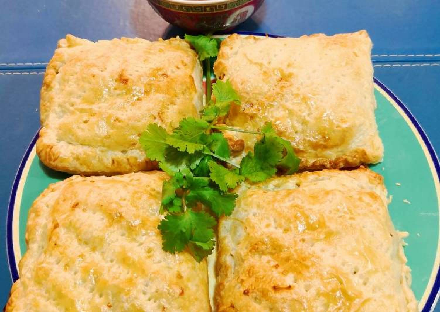 Lumpia PanggangSaos AsamManis🇲🇨Lumpia Pie wSweet 'n Sour Sauce