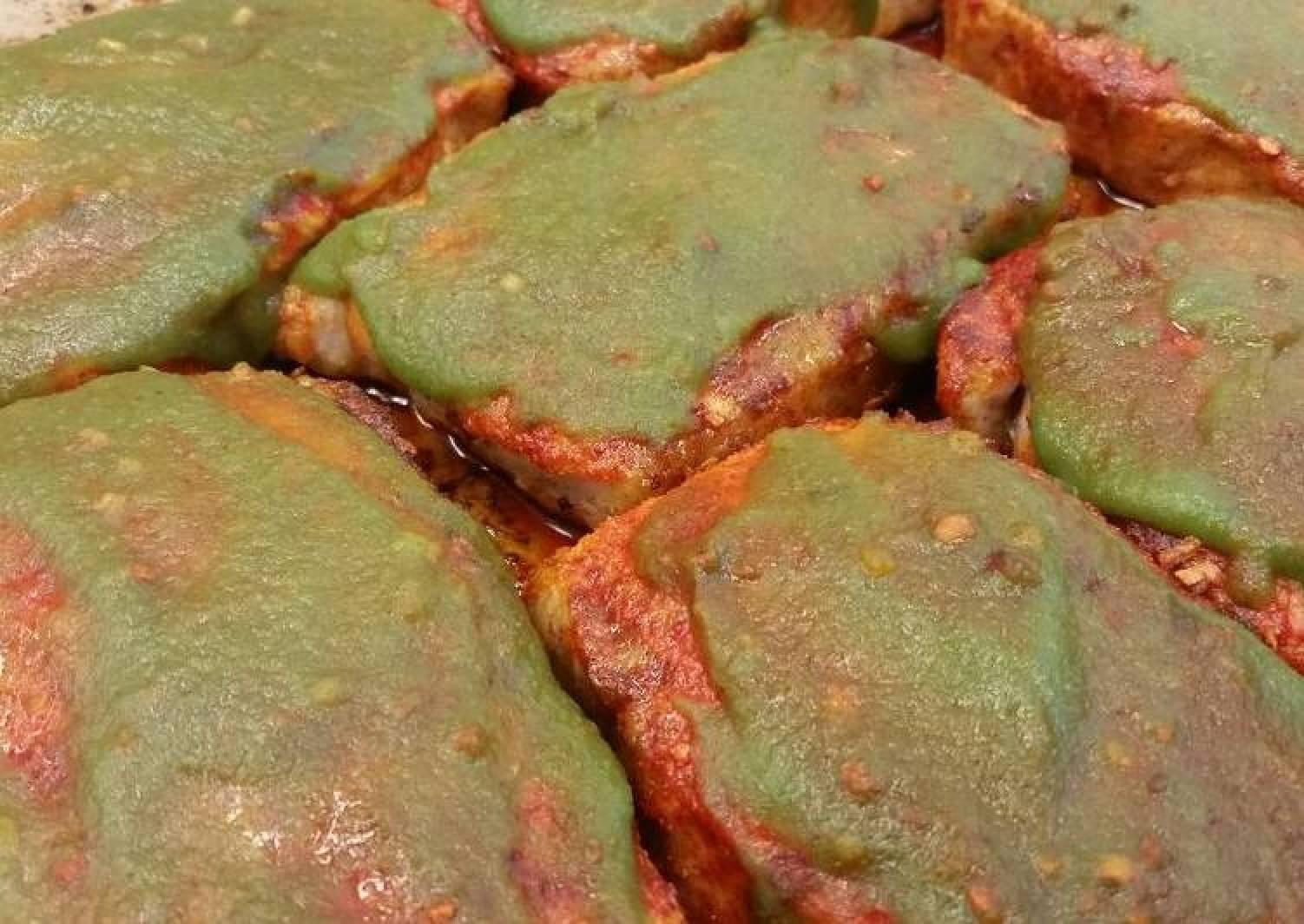 Red & Green Sriracha Pork Chops