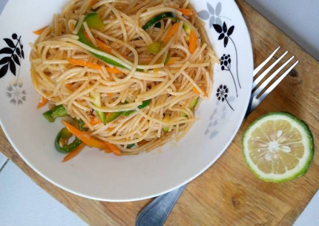Vegetarian Stir fried noodles 😋😋😋
