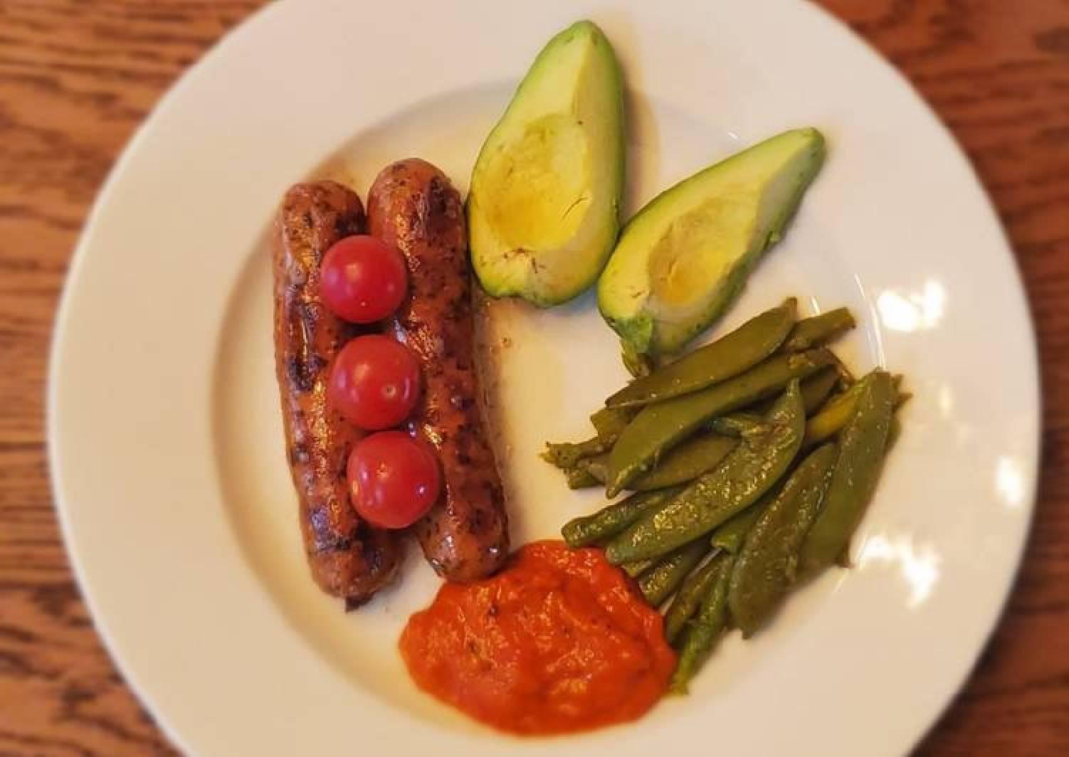 Kielbasa with asparagus and snap peas