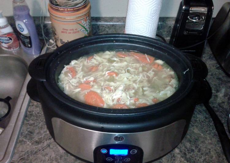 Easy slow cooker chicken noodle soup, What Are The Advantages Of Eating Superfoods?