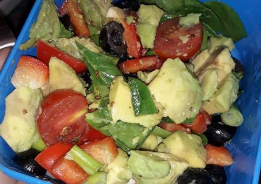 Avocado and Red pepper salad