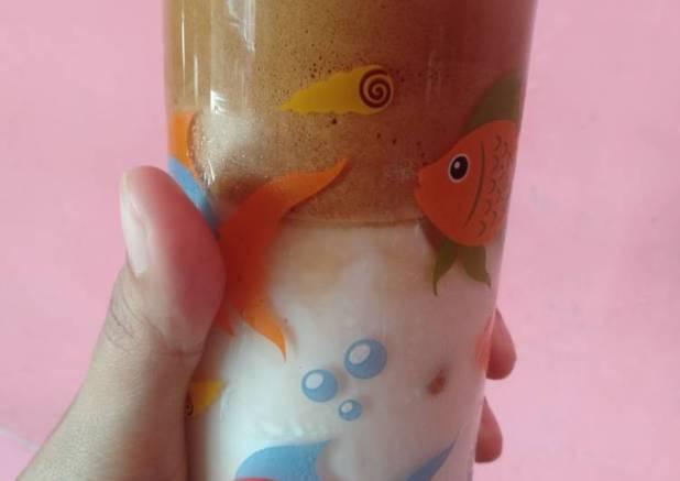 Dalgona coffe kopi viral kekinian 😄