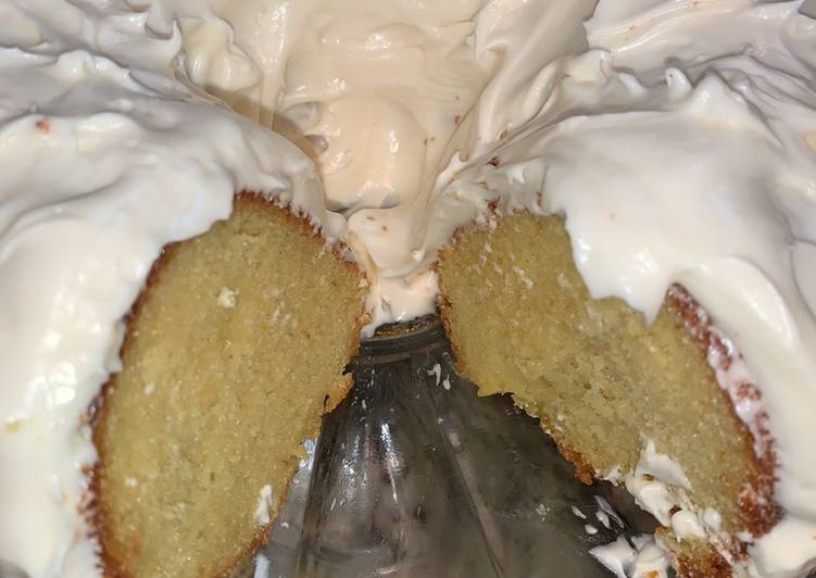 Lemon Cake with Lemon Zest Cream Cheese Icing