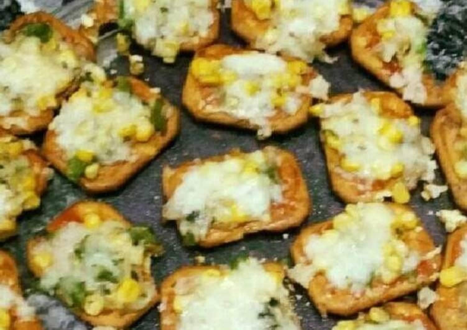 Salted Crackers Mini Pizza Bites