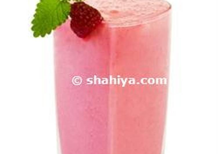 Low- fat Strawberry yogurt