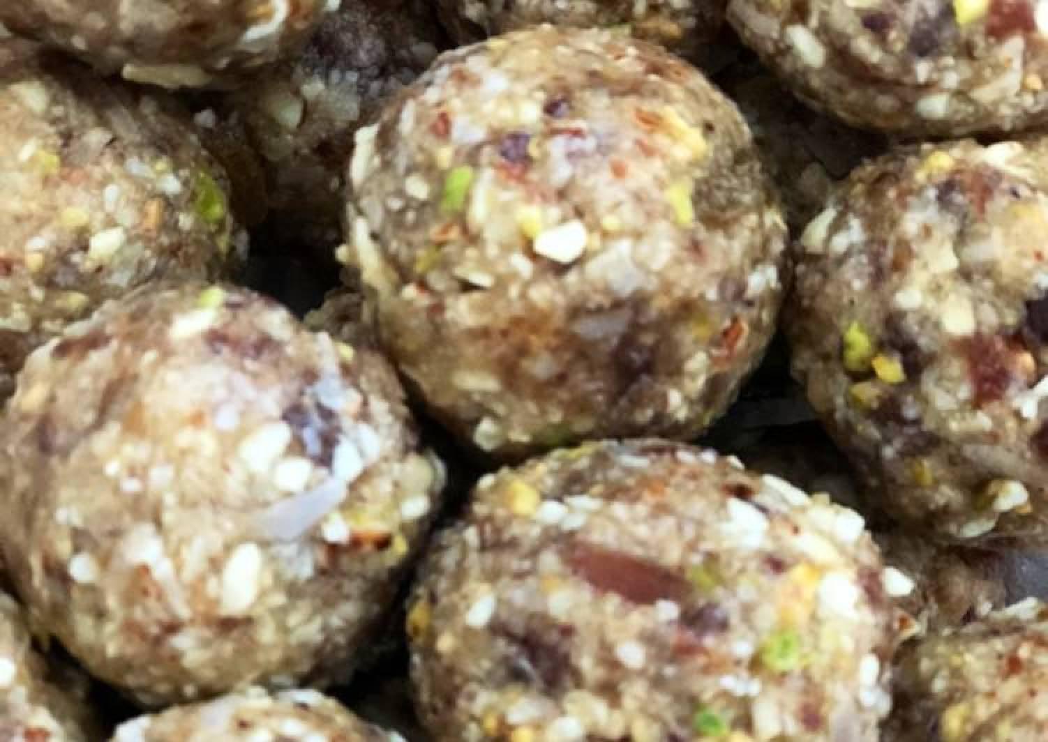 Dry fruits laddo/Balls
