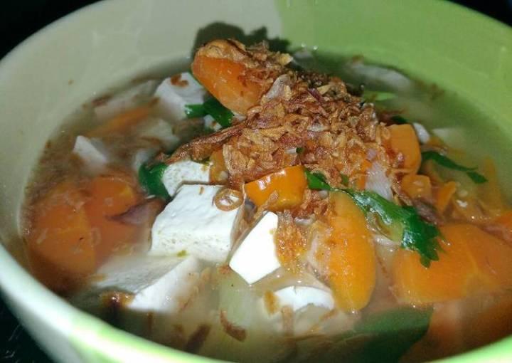 Simple healthy tofu soup