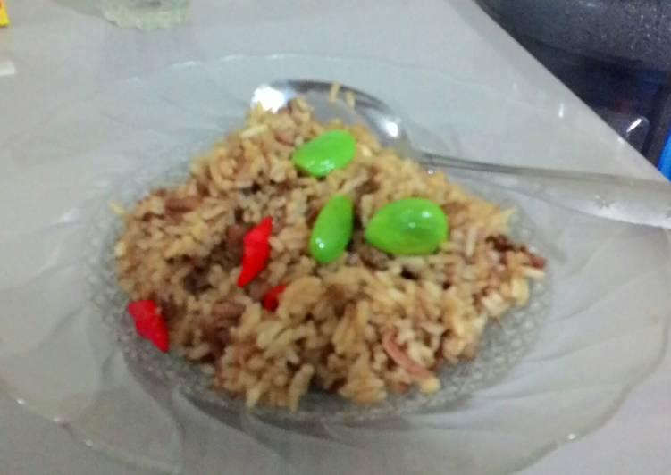 Nasi Goreng Daging Pete