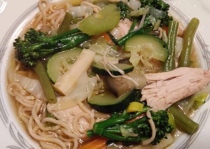 trin for trin guide til at forberede Perfekt  Asiatisk inspireret suppe På