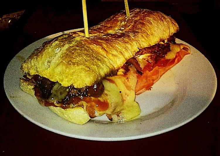 Tex's Chicken & Ham Toastie 🐔🐷🍞