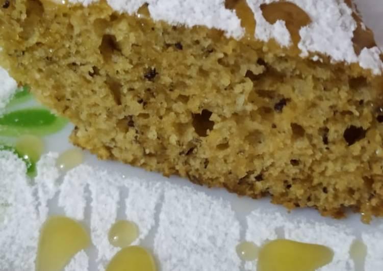 Honey glazed banana walnut cake 🍰