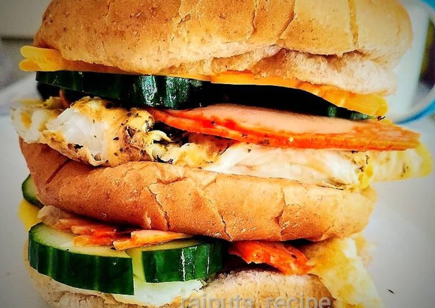 Recipe Of Speedy Huge Salami Egg Burger Best Soul Food Recipes