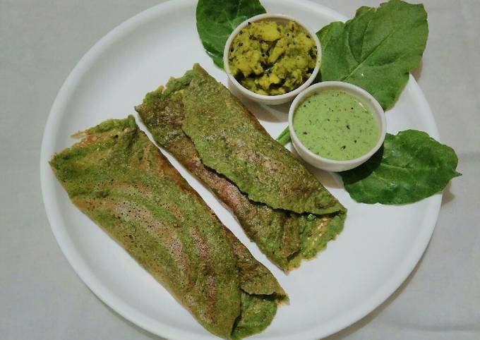 How to Prepare Favorite Spinach moong dal chilla