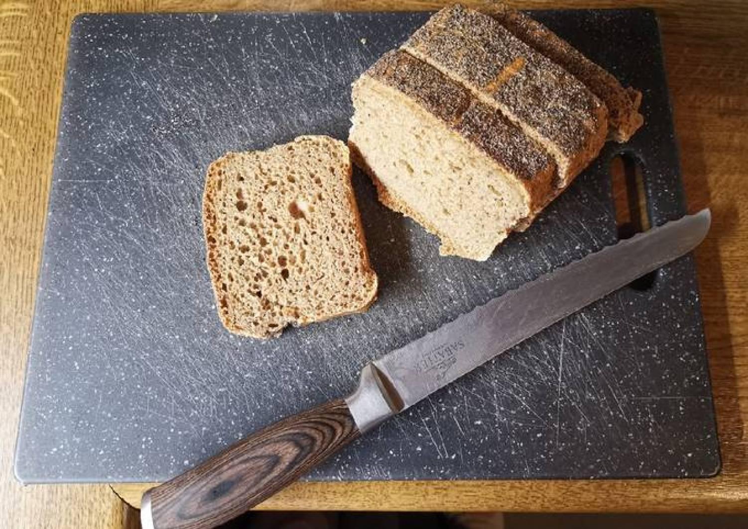 Dinkel-Vollkorn Brot