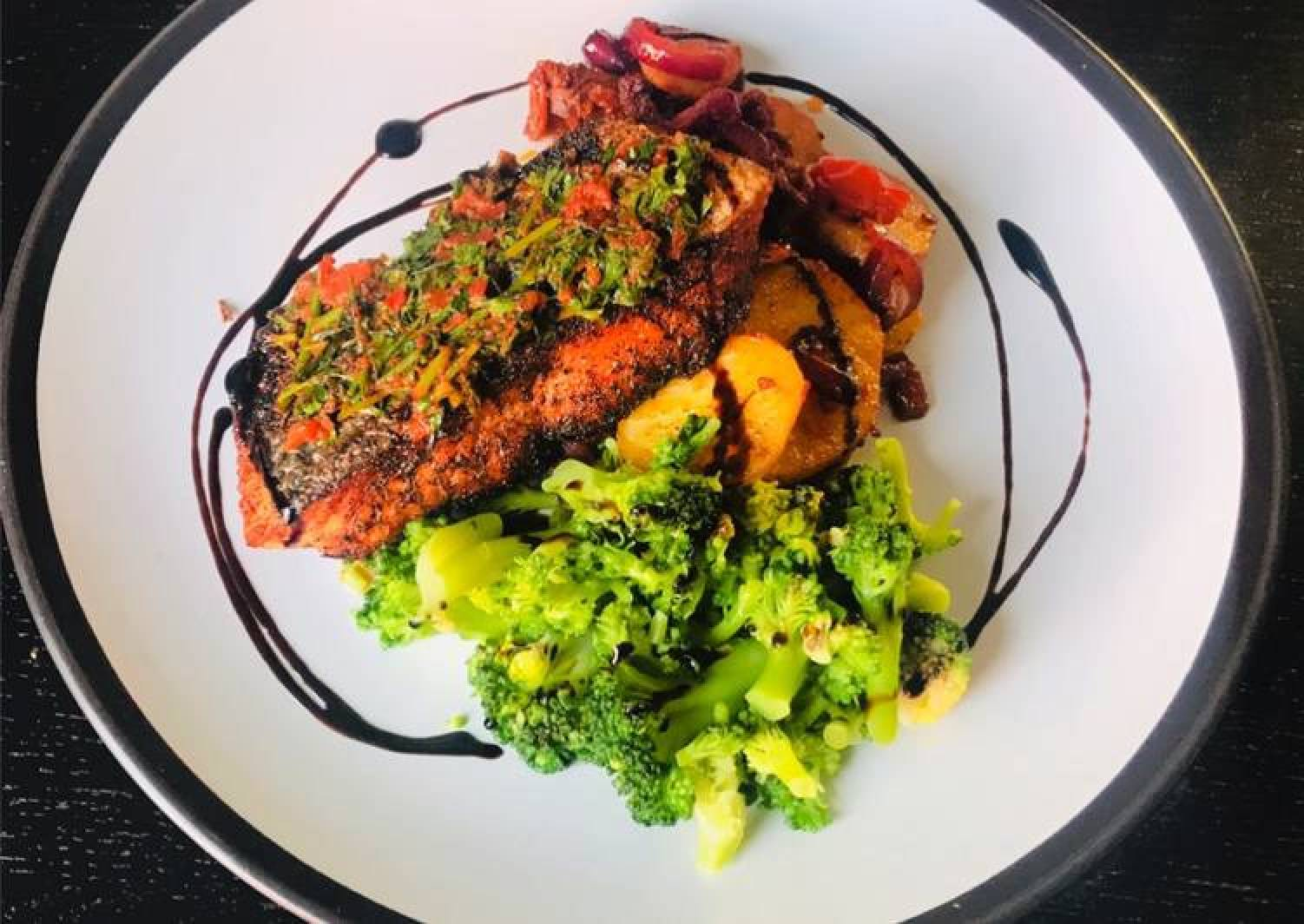 Charred Salmon Fillet with Tomato+Onion Relish Potatoes and Blanched Broccoli