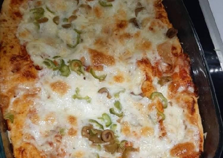 Focaccia turned into pizza
