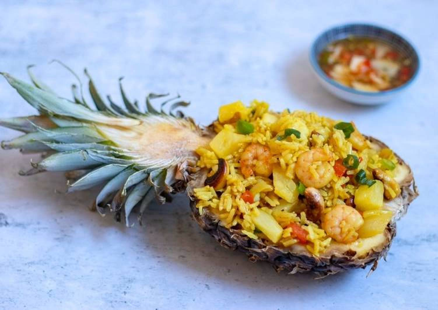 Step By Step Guide To Make Super Quick Homemade Thai Pineapple Stir Fried Rice The Tasty Dinner