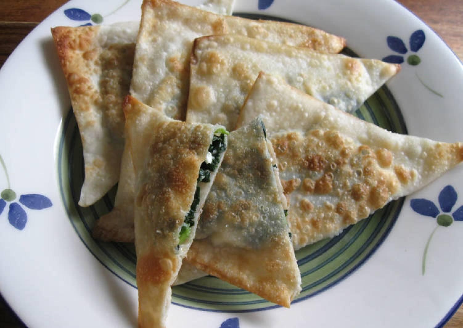Wonton Skin Spinach & Feta Triangles
