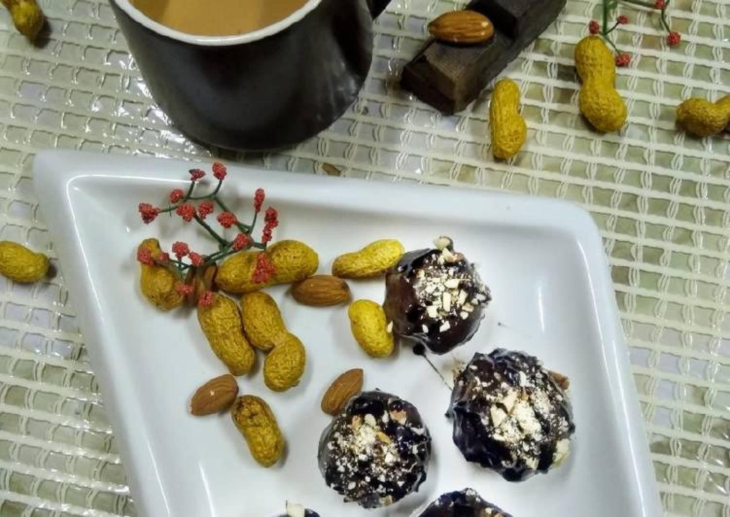 Tripe layered chocolate nutty truffle