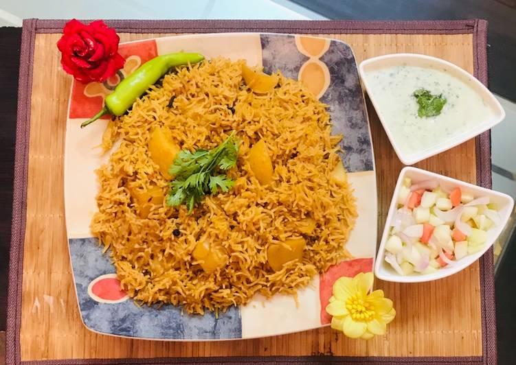 Patato rice with raita and salad