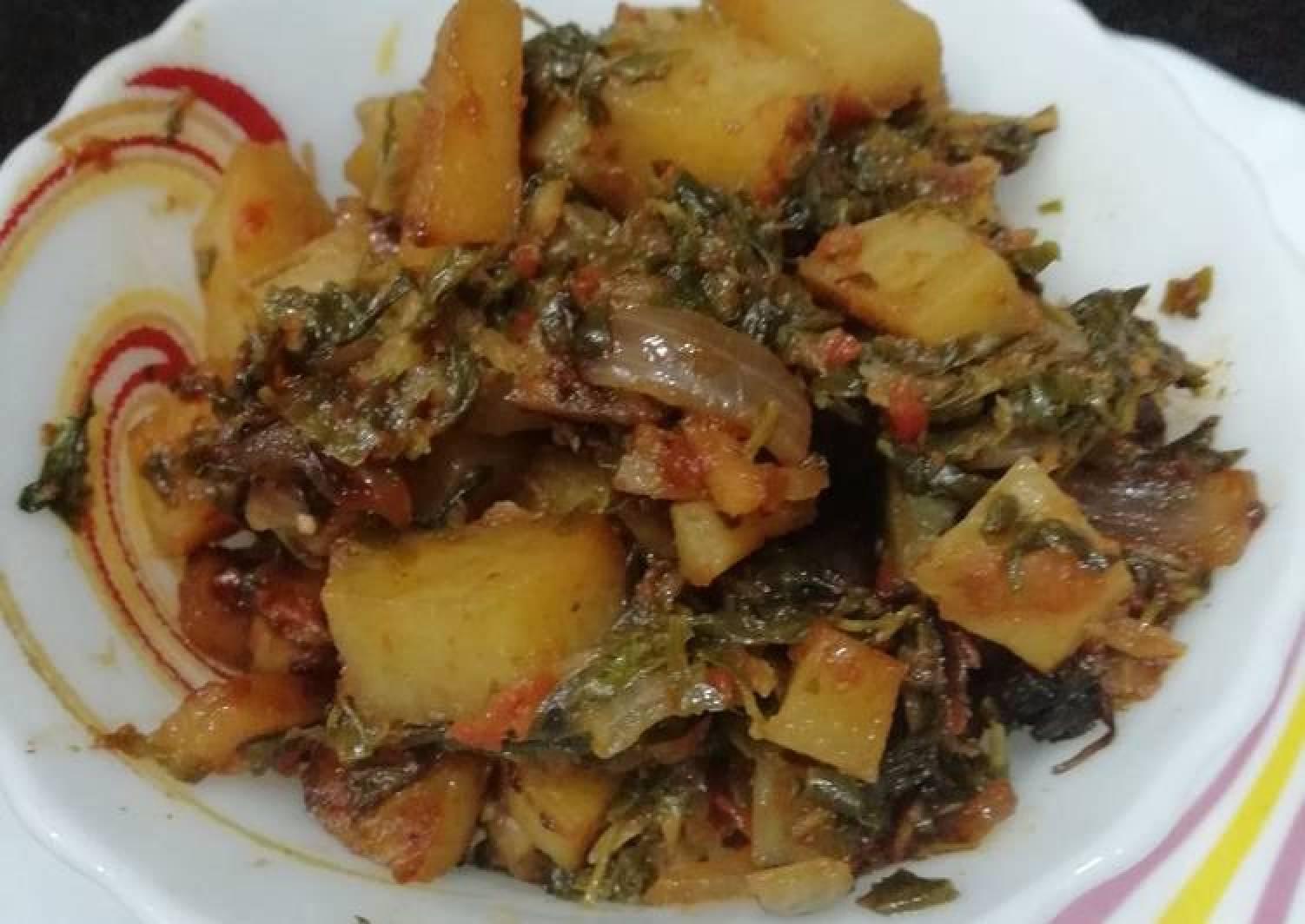 Methi Aaloo (Potato fenugreek leaves vegetable)