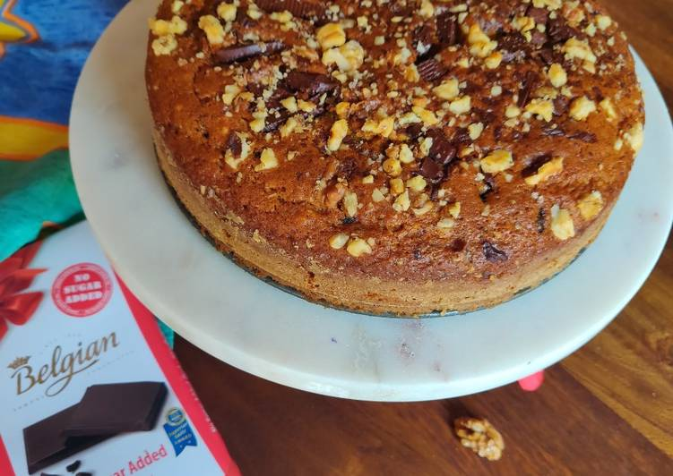 Pumpkin cake with walnuts and lindt chocolate