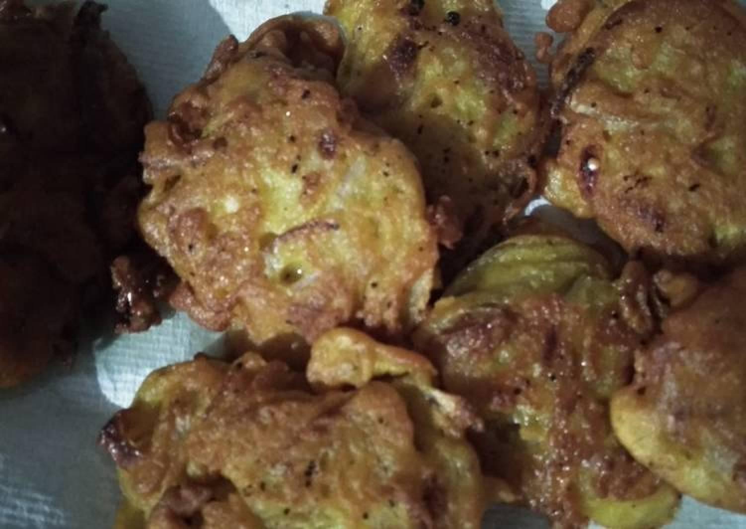 Onion dumplings