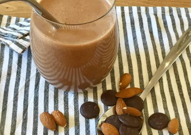 Chocolate & Almond Milkshake