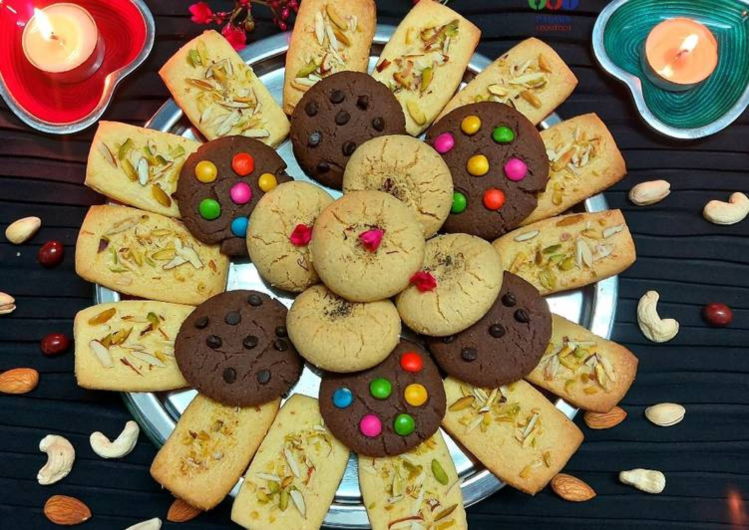 Assorted mixed cookies